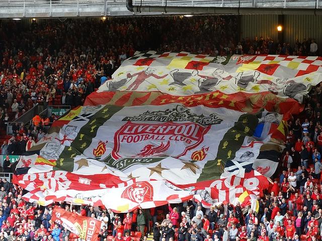 FC Liverpool - Stadion Ansicht von der Anfield Road
