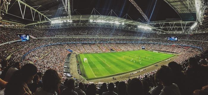 Blick ins Fussballstadion