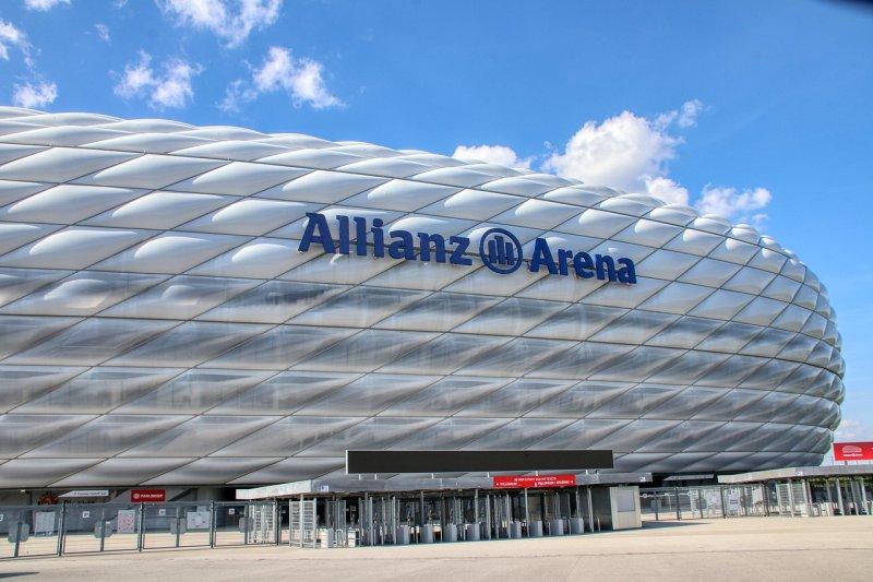 Die Allianz Arena von außen
